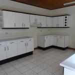 Casa Independiente en Trejos Montealegre – ALQUILADA